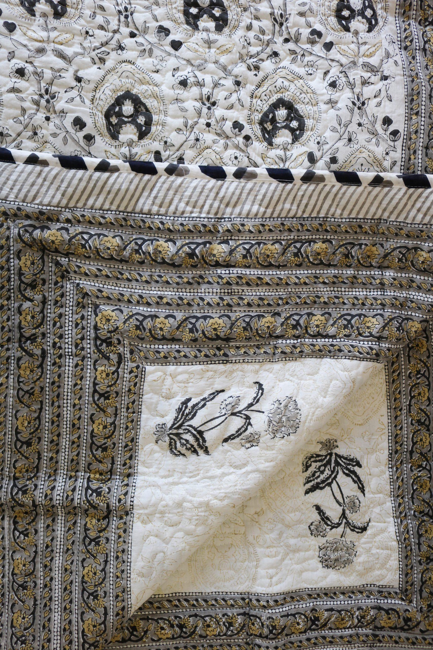 Comforter/Dohar